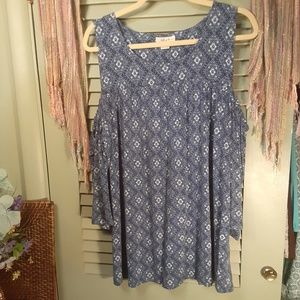 Style & Co. Woman cold shoulder printed top sz 2X